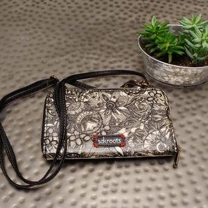 Sakroots wallet/clutch wristlet